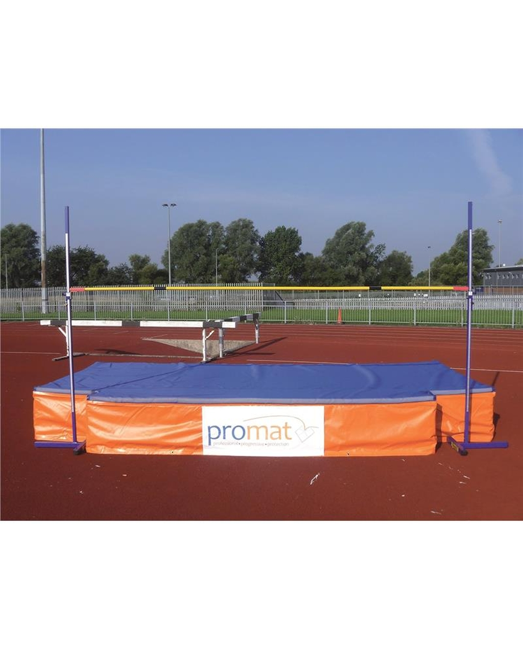 PROMAT SCHOOL HIGH JUMP PRO 3 MODULES 5M X 2.5M X 560MM WITH SPIKE WEAR SHEET
