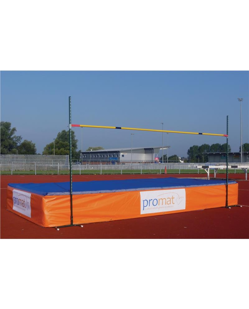 PROMAT SCHOOL HIGH JUMP PRO 7 5M X 2.5M X 560MM WITH SPIKE WEAR SHEET